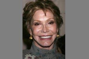 Mary Tyler Moore's Life Offers Hope For People With Type 1 Diabetes