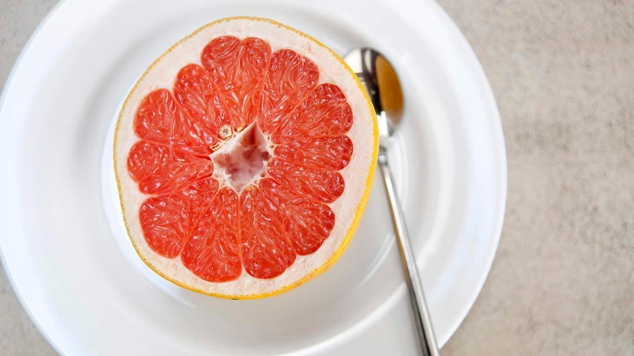Is It Safe For Diabetics To Eat Grapefruit?