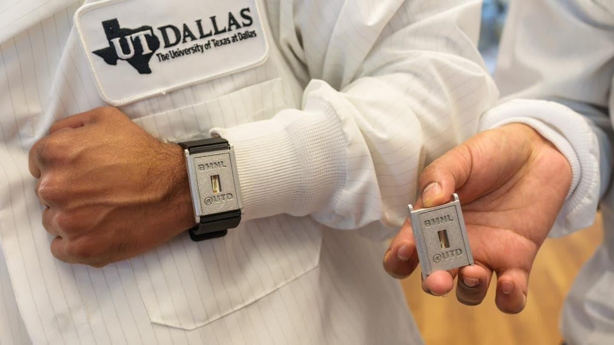 Diabetes device scrutinizes sweat for a week at a time
