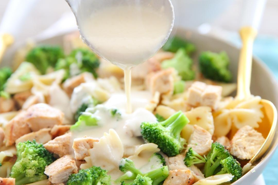 Light And Healthy Low Fat Alfredo Sauce - Our Best Bites